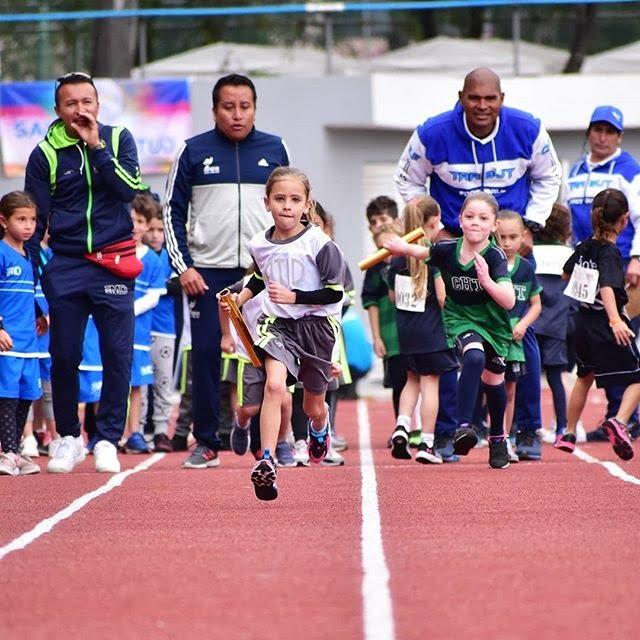 Deporte zapatillas para atletismo niños